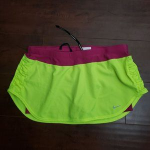 Nike L dry fit athletic short skort